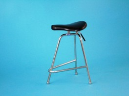 Sedadlo pro lékaře pevné 62cm